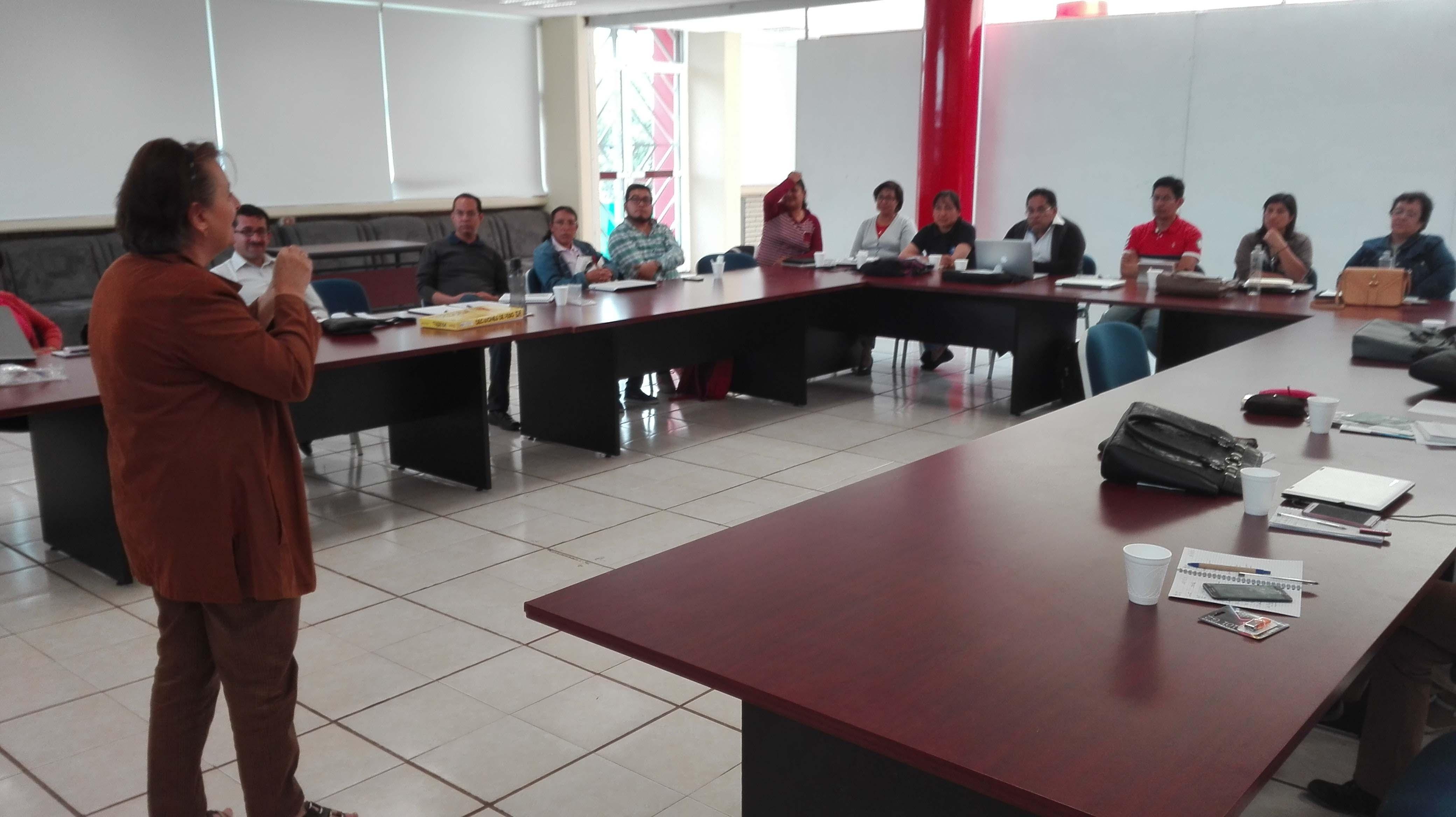 FORTALECE UPTX LA CALIDAD EDUCATIVA Y PROFESIONALIZACIÓN DE SUS DOCENTES